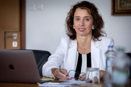 predsedníčka Úradu pre dohľad nad zdravotnou starostlivosťou - Ing. Renáta Bláhová, MBA, FCCA, LL.M.